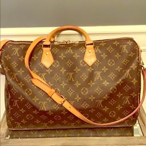 Louis Vuitton Speedy Bandouliere 40